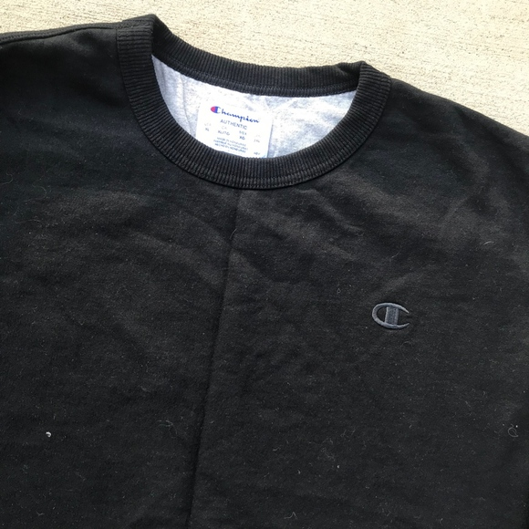 Champion Other - Champion Black Crewneck Sz XL